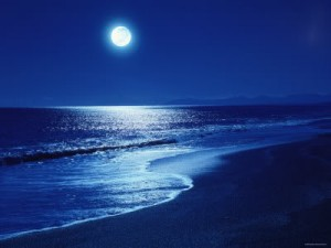 full-moon-over-the-sea-300x225